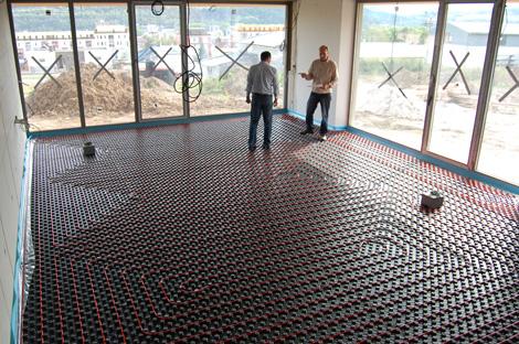 Položené podlahové potrubí